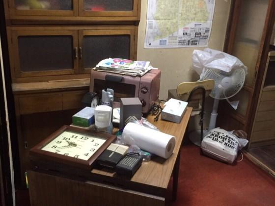 9月10日 大阪府和泉市で遺品整理に伴う家具や粗大ゴミの不用品や廃品の片付け作業。作業写真2