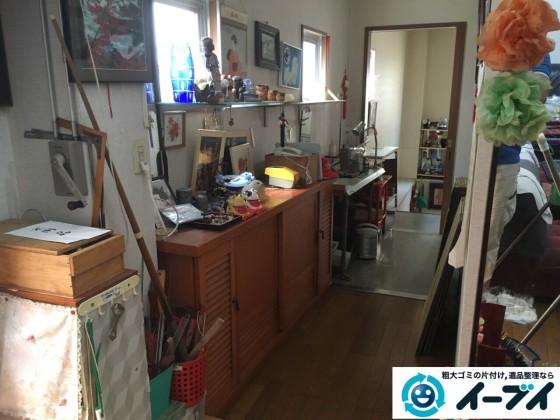 9月4日 大阪府四条畷市で部屋の片付けに伴う鏡台や下駄箱や粗大ゴミの不用品回収をしました。【玄関編の片付け】作業写真3