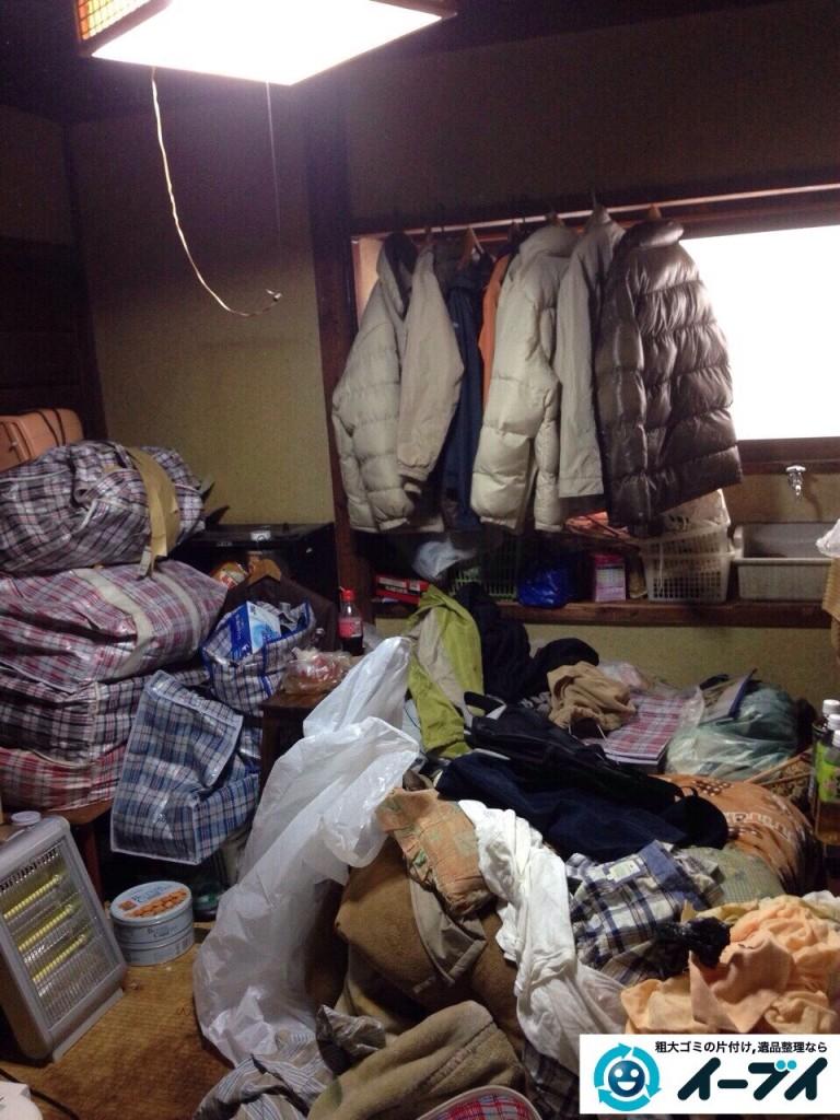 9月17日 大阪市生野区で生活用品や衣類が散乱しているゴミ屋敷の片付けをしました。写真3