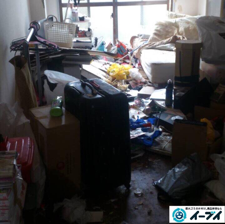 9月23日 大阪府大阪市東淀川区で部屋にゴミが散乱している汚部屋(ゴミ屋敷)の片付けをしました。写真1