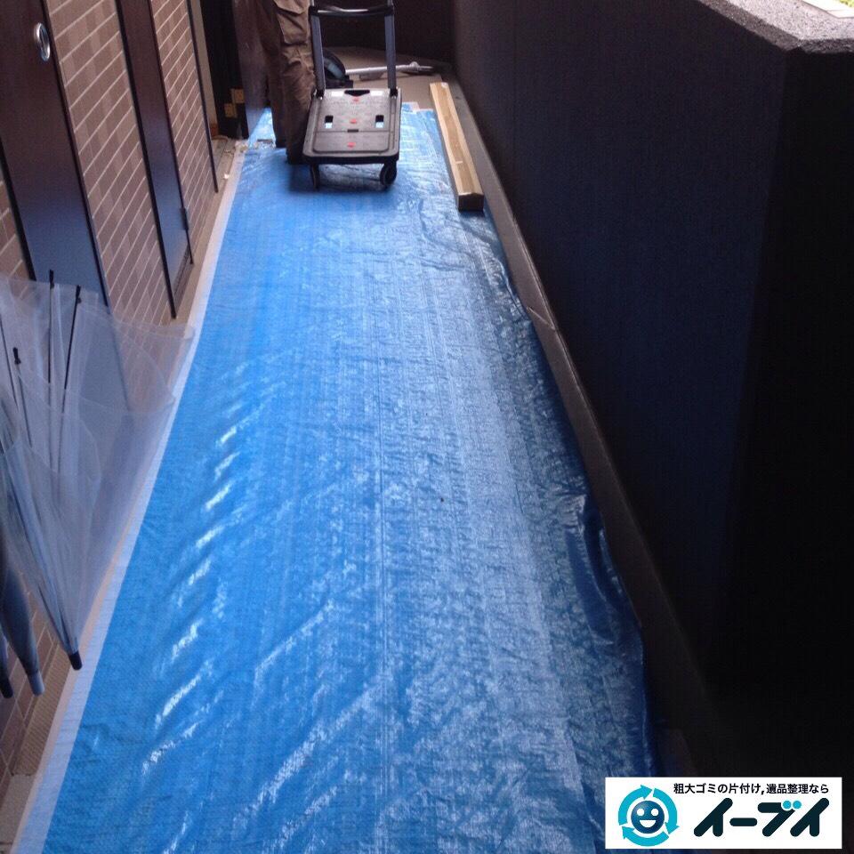 9月23日 大阪府大阪市東淀川区で部屋にゴミが散乱している汚部屋(ゴミ屋敷)の片付けをしました。写真2