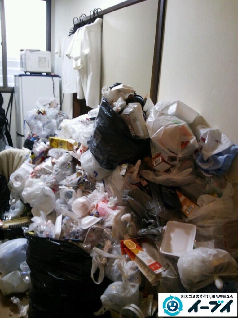 9月24日 大阪府大阪市福島区で生活ゴミが散乱しているゴミ屋敷の片付けをしました。写真4