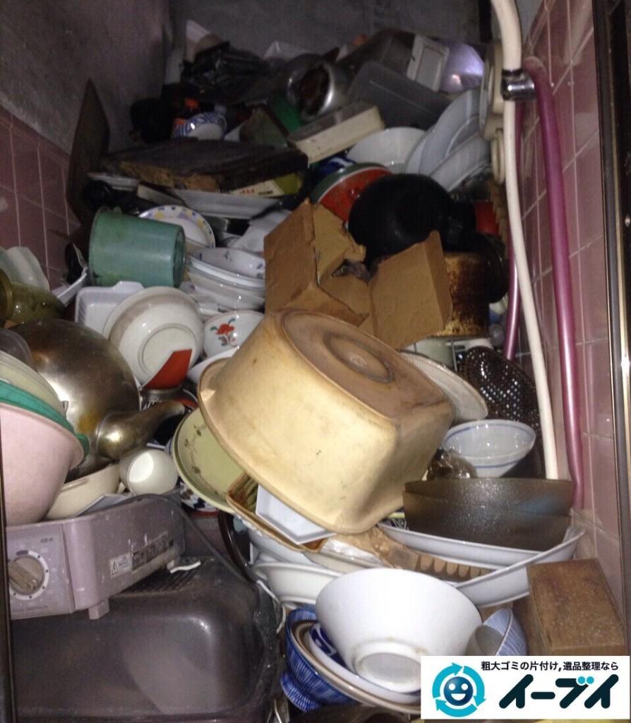 9月6日 大阪府堺市南区で衣類やゴミが散乱している汚部屋状態のゴミ屋敷を片付けました。写真1