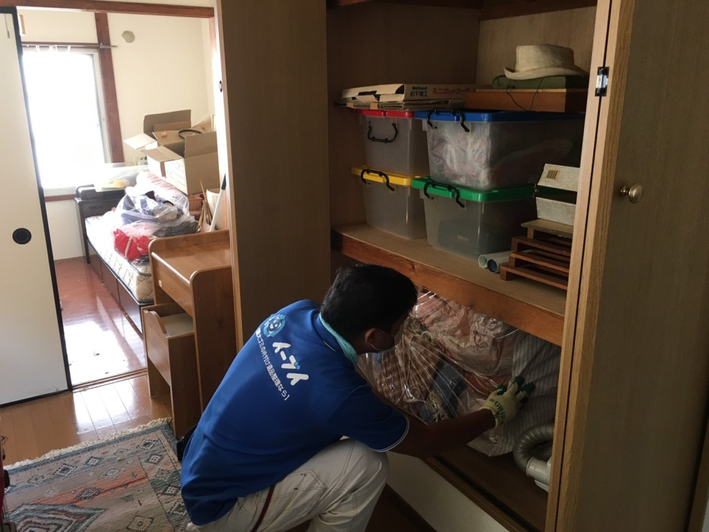 10月16日 大阪府箕面市で遺品整理での家具処分や粗大ゴミの処分をしました。写真2