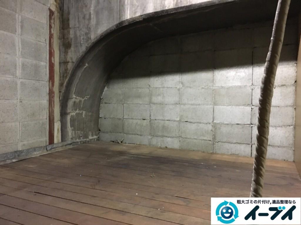 10月12日 大阪府大阪市住吉区で店舗の屋根裏の棚や粗大ゴミの不用品回収をしました。写真1