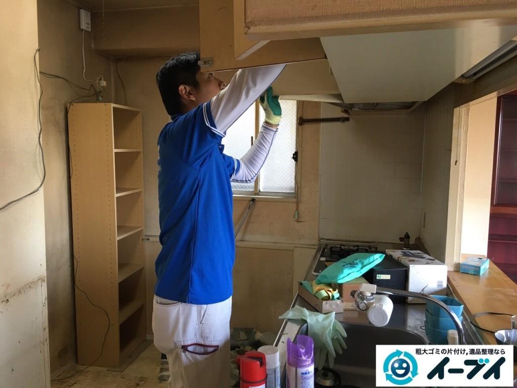 11月4日 大阪府泉大津市で引越しに伴う不用品回収で冷蔵庫や台所の粗大ゴミの処分をしました。写真2