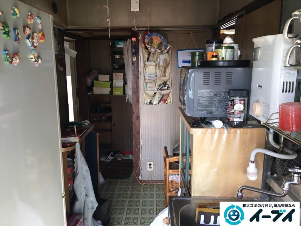 11月8日 大阪府藤井寺市で遺品整理のため家具や粗大ゴミの処分をしました。(台所の作業の様子)写真5