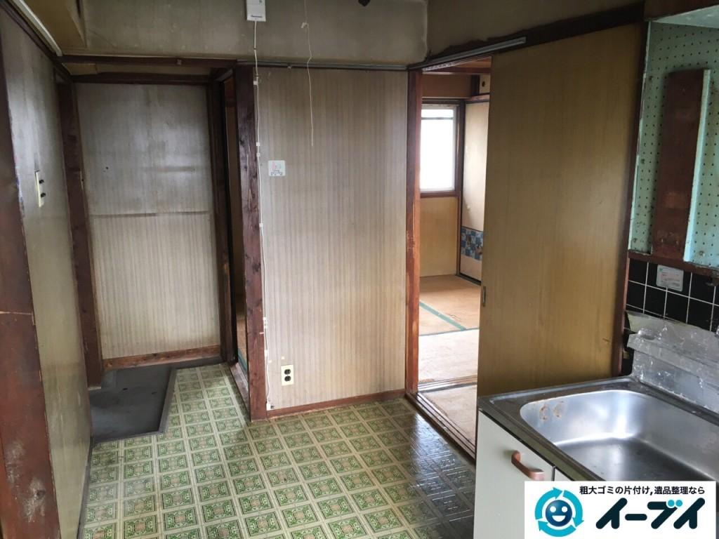 11月8日 大阪府藤井寺市で遺品整理のため家具や粗大ゴミの処分をしました。(台所の作業の様子)写真4