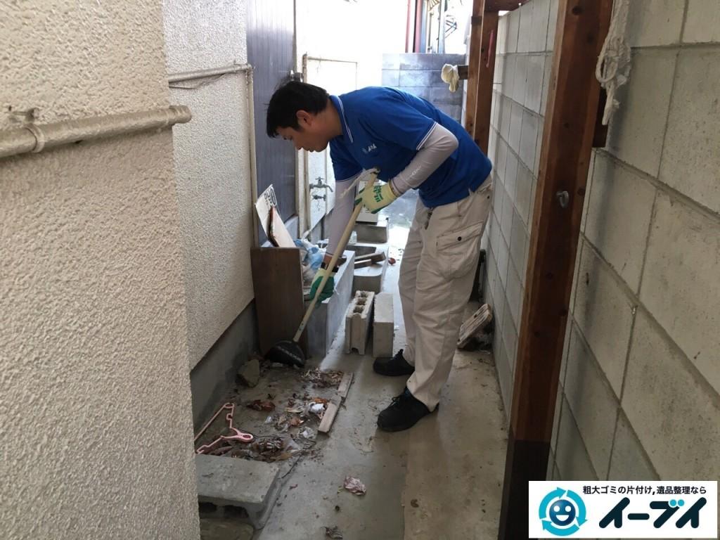12月17日 大阪府豊中市で廃品や木材など長年放置された粗大ゴミの不用品回収をしました。写真6