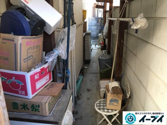 12月17日 大阪府豊中市で廃品や木材など長年放置された粗大ゴミの不用品回収をしました。写真2