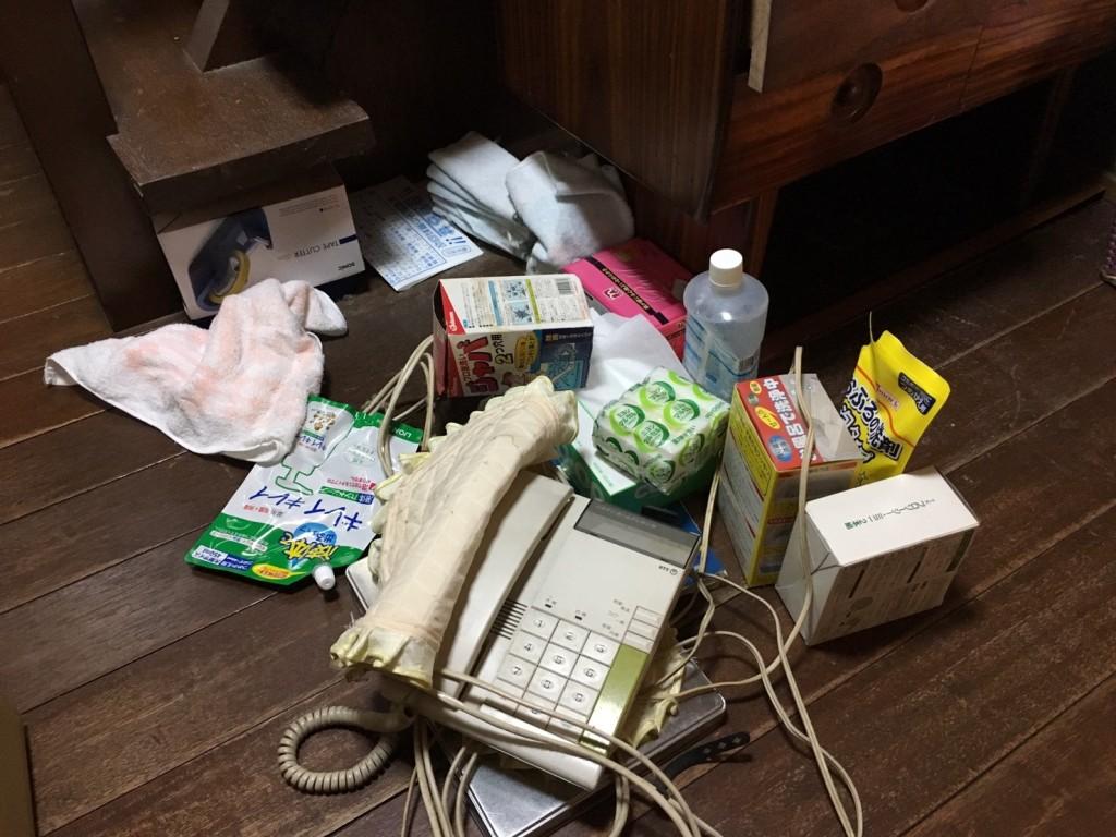 12月26日 大阪府堺市中区で遺品整理に伴いドレッサーや廃品や粗大ゴミの不用品回収をしました。写真4
