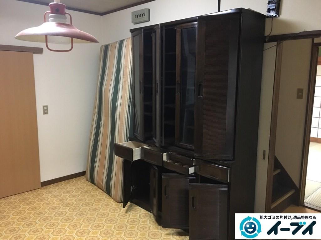 12月31日 大阪府高槻市で食器棚や絨毯の粗大ゴミを不用品回収しました。写真3