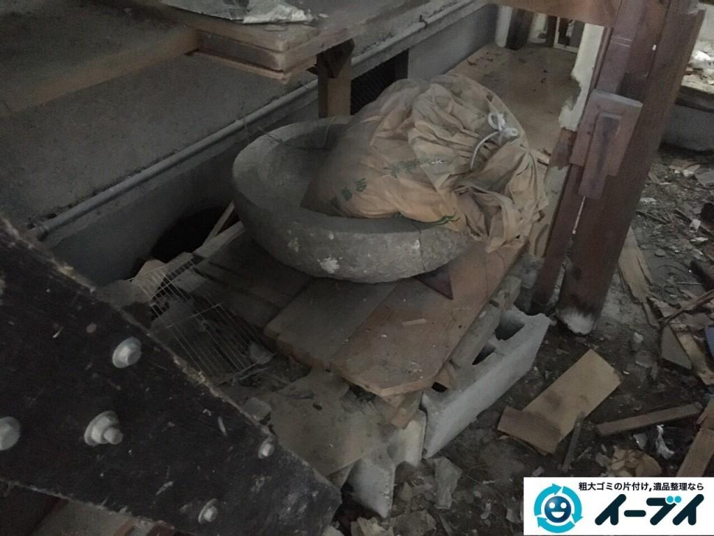 12月23日 大阪府摂津市で石臼や庭の物置の廃品を回収処分しました。写真6