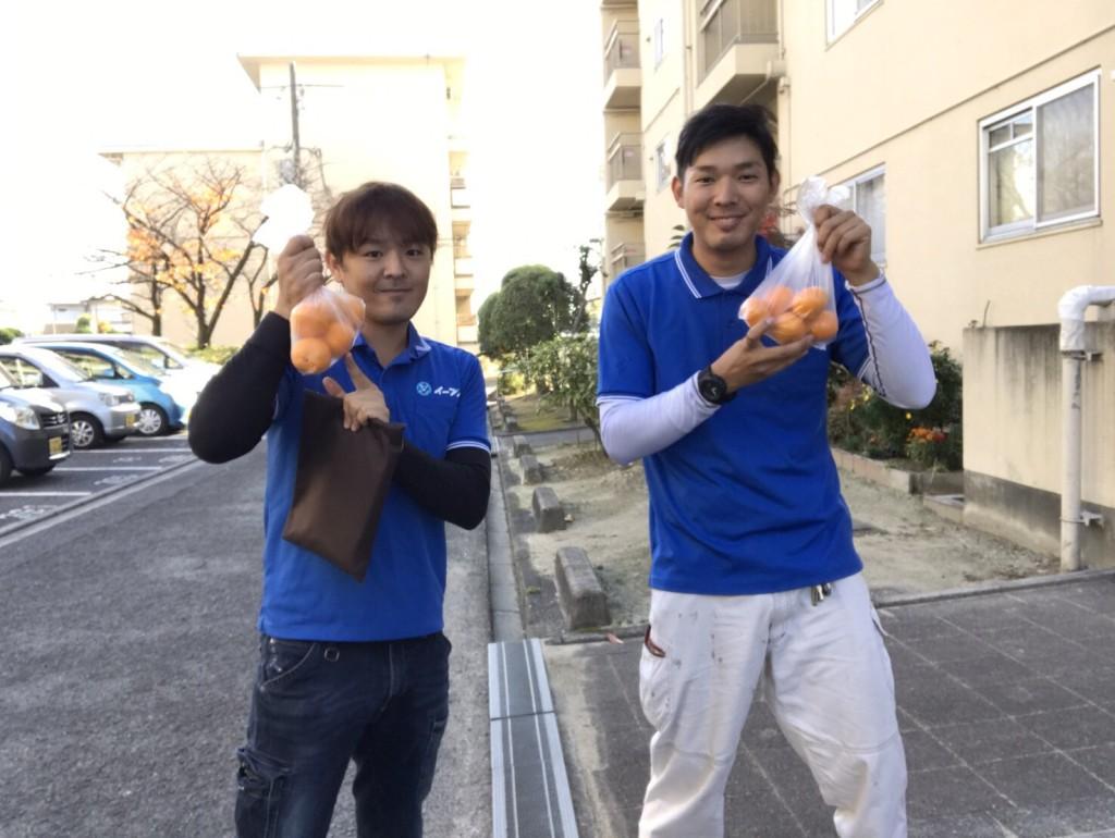 12月21日 大阪府八尾市で食器棚やブラウン管テレビの処分でイーブイをご利用していただきました。写真2