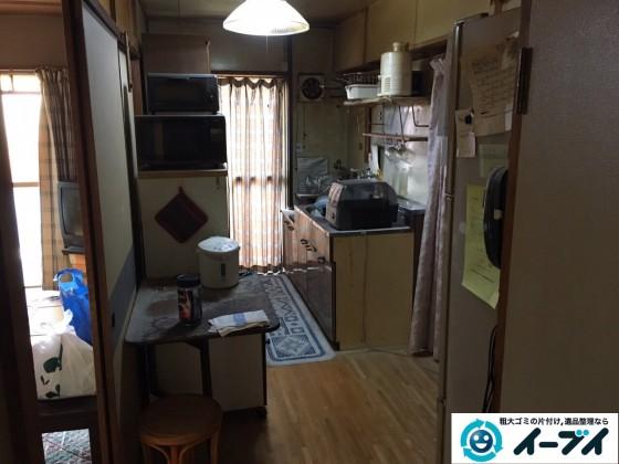 12月29日 大阪府大阪市住之江区で食器棚や冷蔵庫など粗大ゴミの片付けをしました。写真1