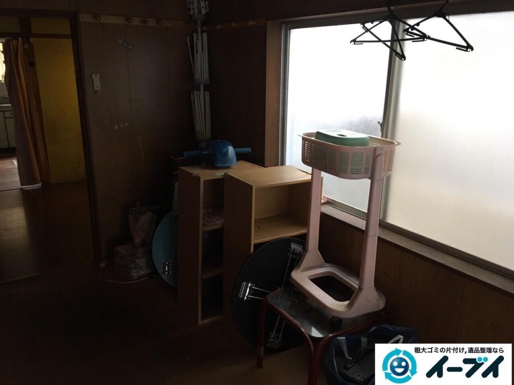 2017年1月24日大阪府三島郡島本町でガレージの廃品や家具などの粗大ゴミの不用品回収をしました。写真1