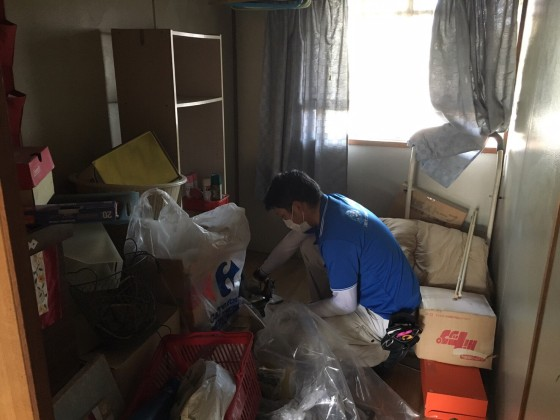 2017年1月22日大阪府堺市南区で遺品整理に伴う家具や生活用品の片付けをしました。写真3