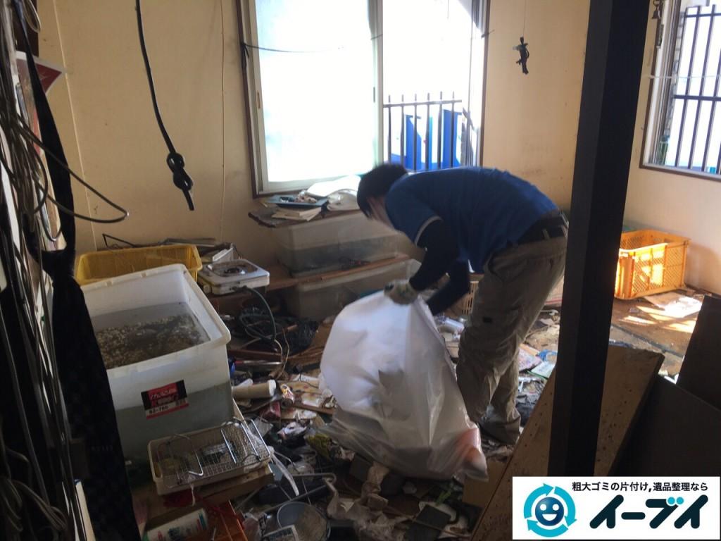2017年2月18日大阪府摂津市で汚部屋状態になっているゴミ屋敷の片付けをしました。写真3