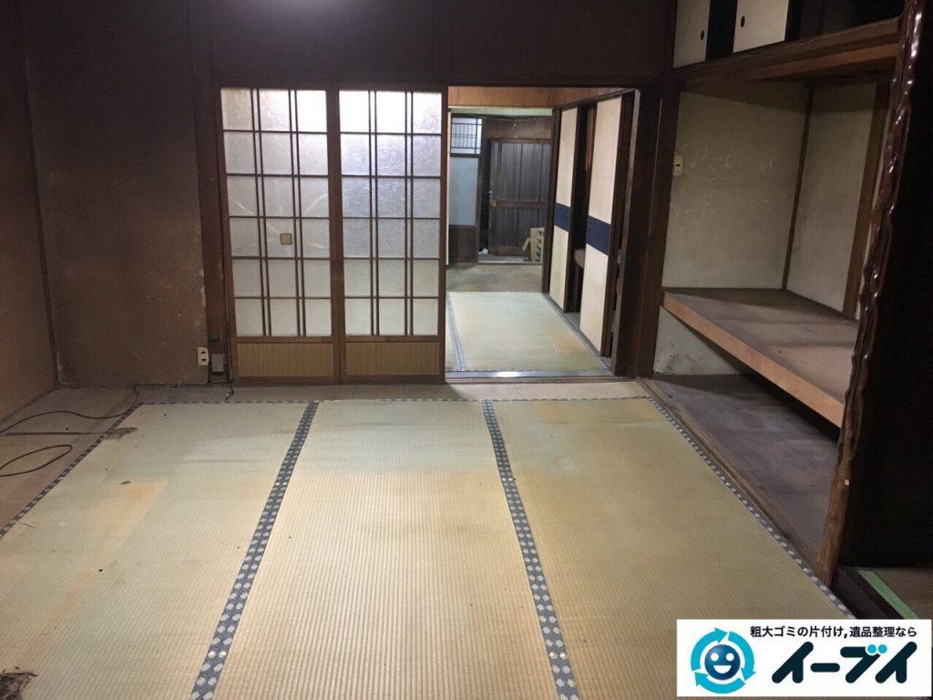 2017年3月29日大阪府交野市で遺品整理に伴う家具処分や生活用品の片付け作業。写真1