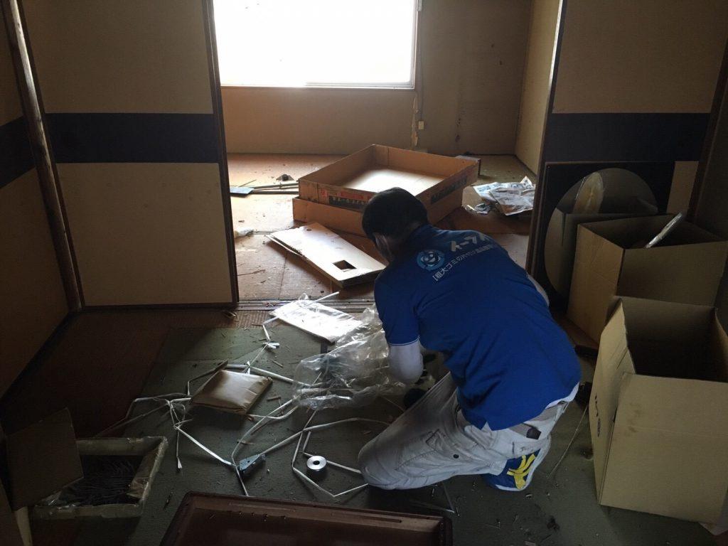 2017年4月21日大阪府大阪市北区で遺品整理に伴い家具や遺品処分をしました。写真1