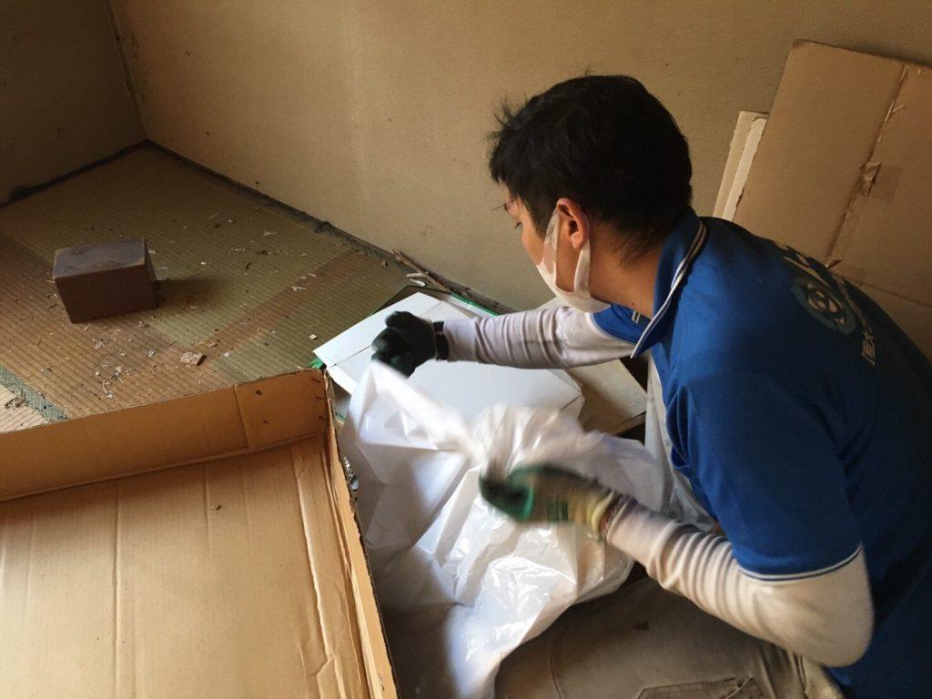 2017年4月21日大阪府大阪市北区で遺品整理に伴い家具や遺品処分をしました。写真10
