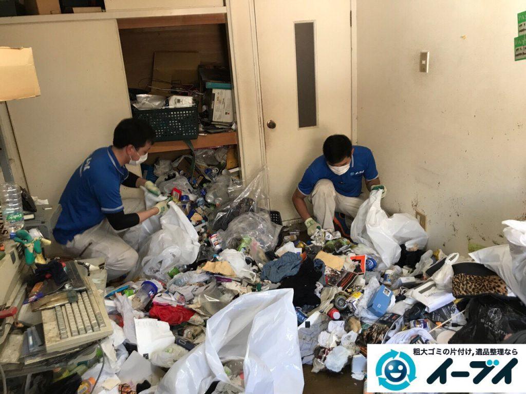 2017年5月30日大阪府吹田市で生活ゴミが溢れているゴミ屋敷の片付けをしました。写真6