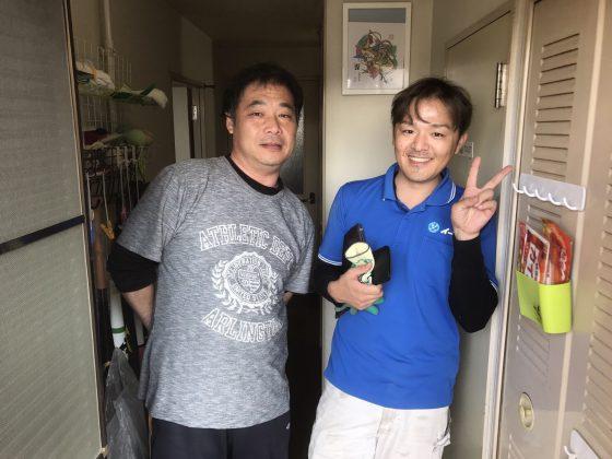 2017年6月1日大阪府大阪市港区でハンガーラックやパソコンや五月人形など不用品回収をしました。