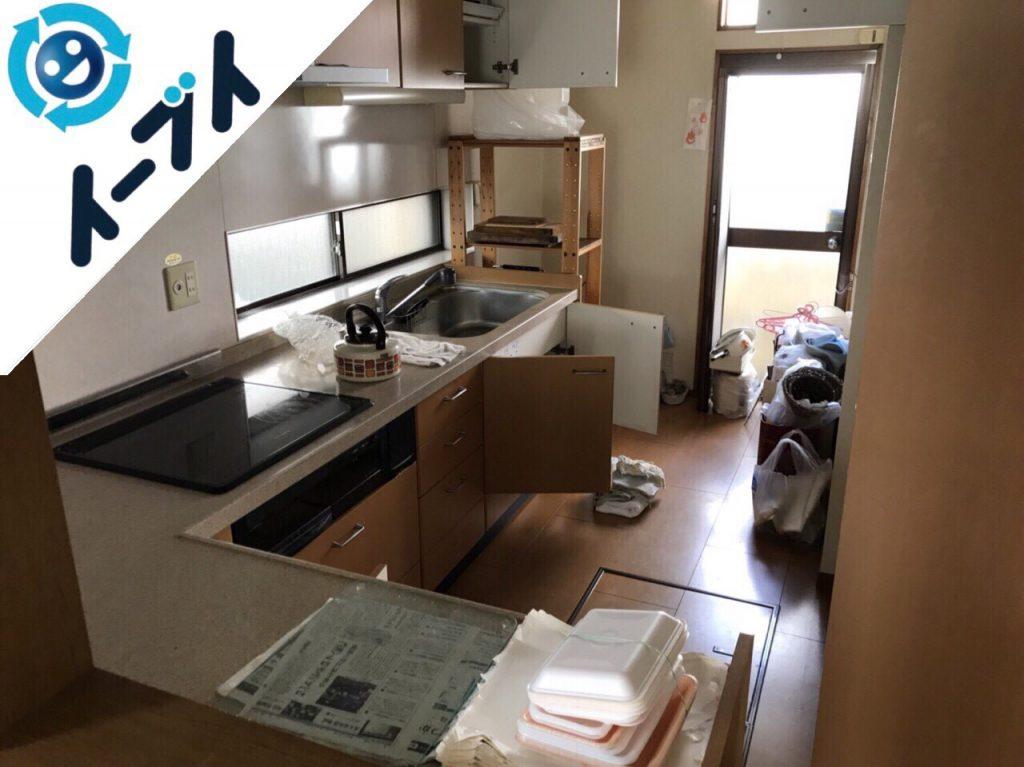 2017年12月18日大阪府門真市で本棚やダイニングテーブル等を家具処分で不用品回収をしました。写真6