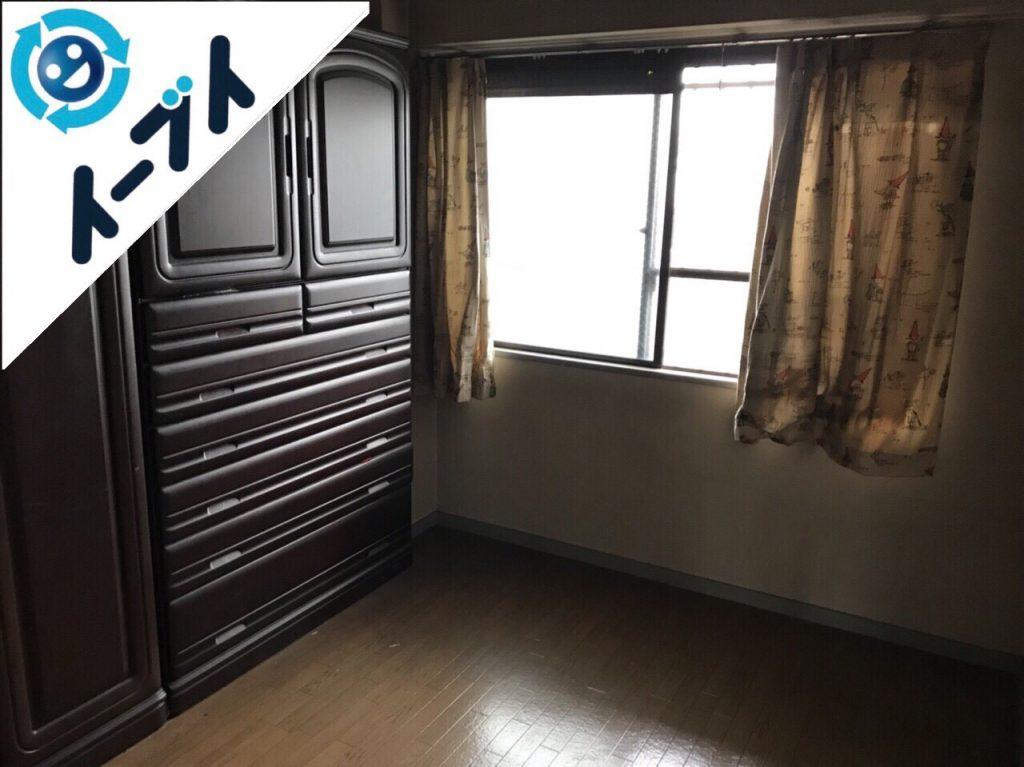 2018年1月13日大阪府大阪市港区で部屋の一室がゴミ屋敷化した衣類や不用品の処分。写真3