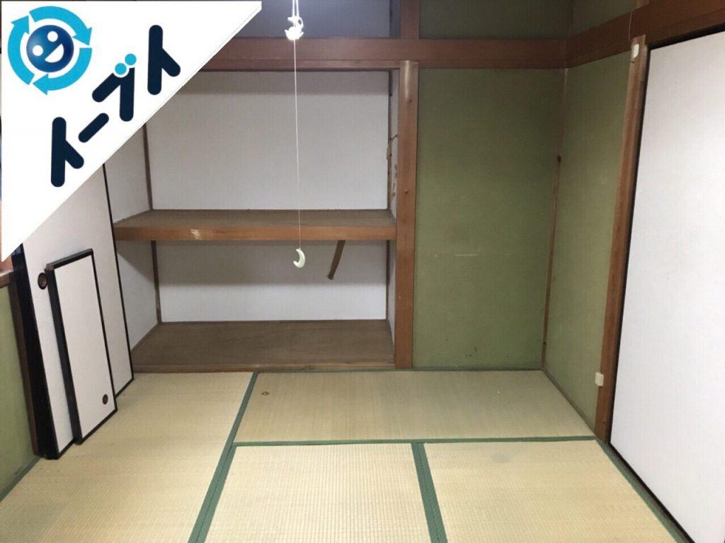 2018年2月1日大阪府堺市堺区で玩具や衣類の日用品が散乱したゴミ屋敷の片付け。写真5