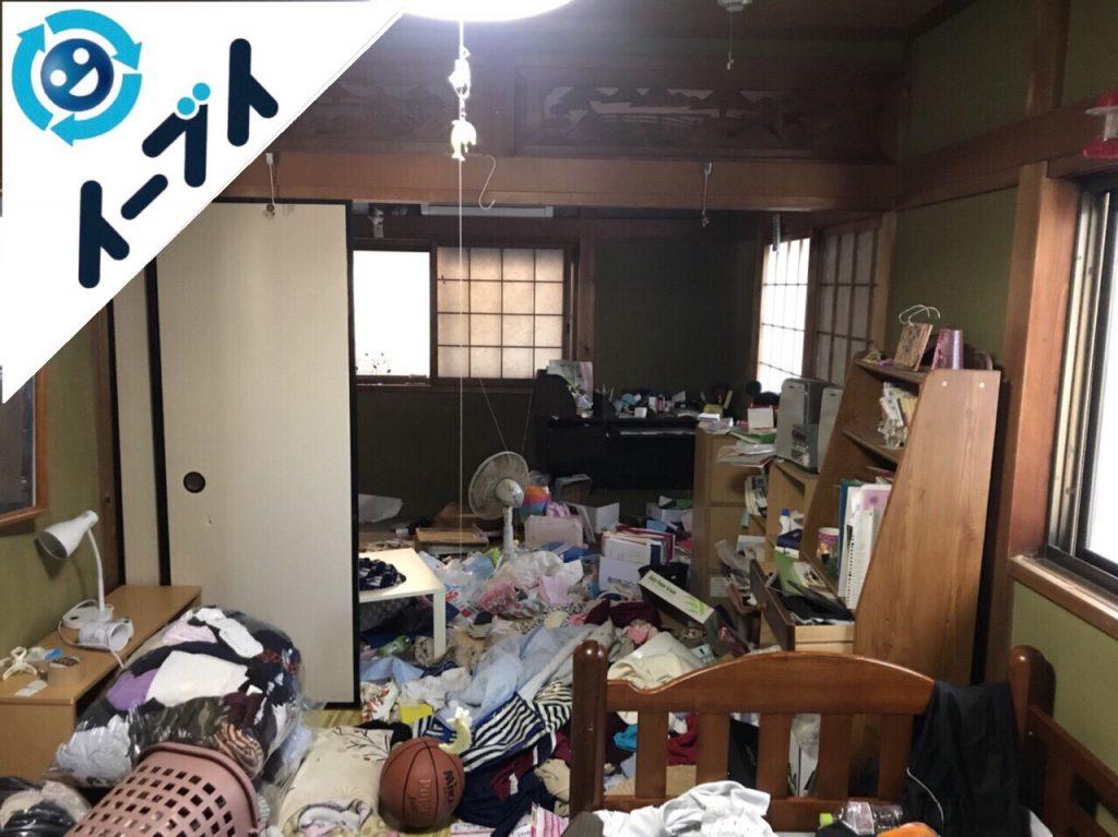 2018年2月1日大阪府堺市堺区で玩具や衣類の日用品が散乱したゴミ屋敷の片付け。写真4
