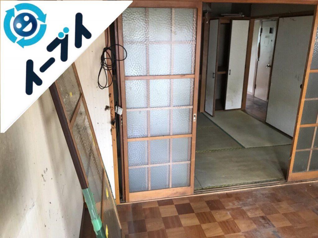 2018年8月24日大阪府大阪市平野区で10年間生活用品を溜められたゴミ屋敷の片付け。写真1