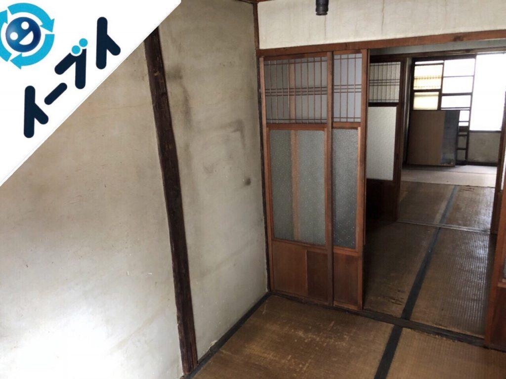 2018年7月16日大阪府大阪市阿倍野区で空き家の家財道具や粗大ゴミなど残置物の処分。写真1