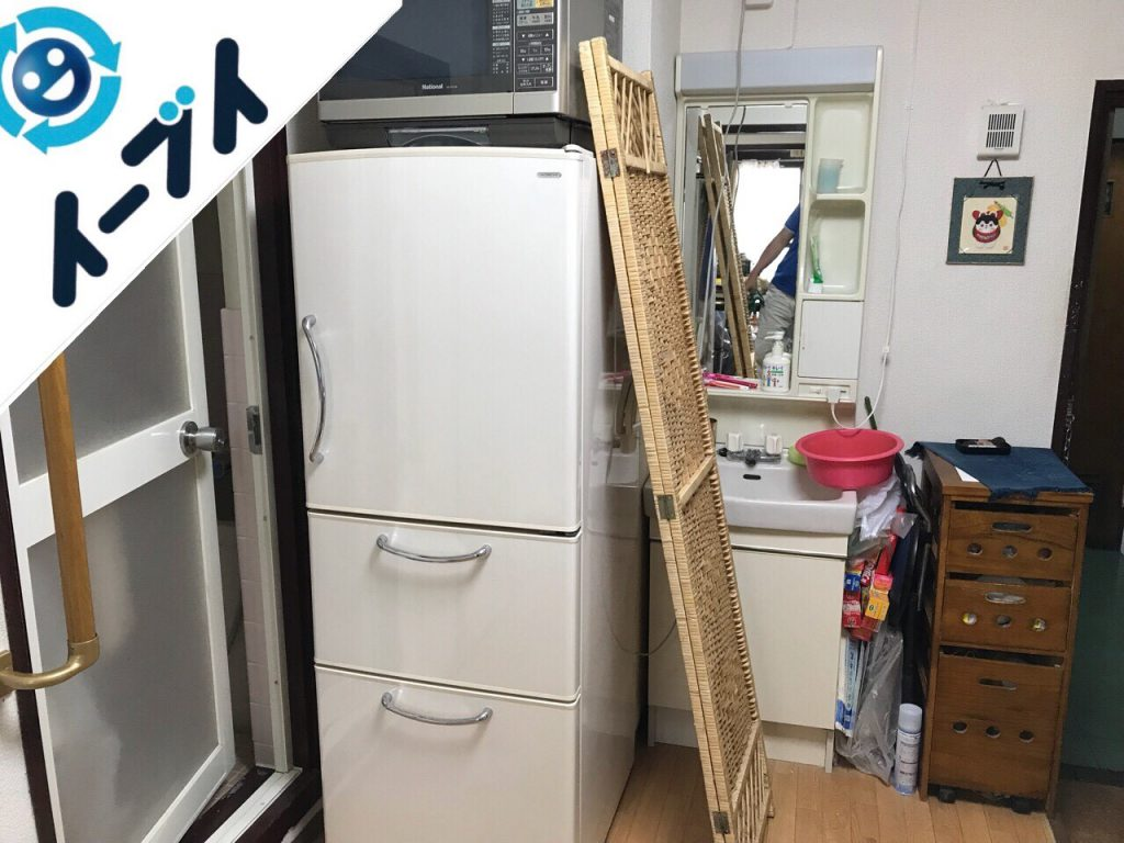2018年9月14日大阪府泉南市で本棚や大型の冷蔵庫の不用品回収をしました。写真2