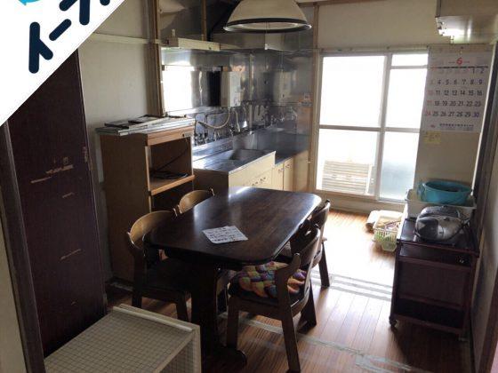 2018年9月10日大阪府四条畷市でレンジ台やダイニングテーブルなど家具の不用品回収をしました。写真4