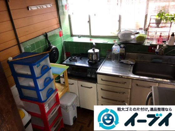 2018年11月30日大阪府大阪市旭区でガスコンロと電子レンジと食器棚の不用品回収をしました。写真4