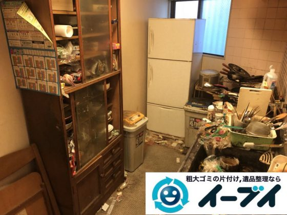2019年1月7日大阪府堺市北区でゴキブリが大量発生した台所の不用品回収作業。写真3