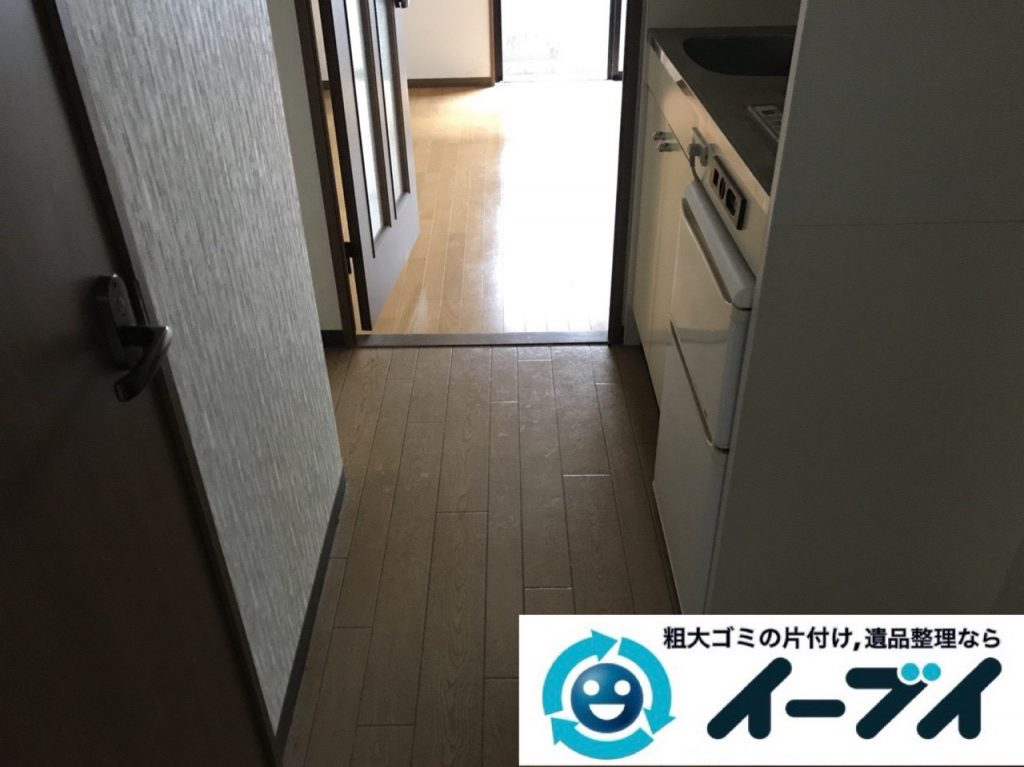 2019年1月11日大阪府大阪市北区でプチゴミ屋敷化した汚部屋の片付け処分の様子。写真2