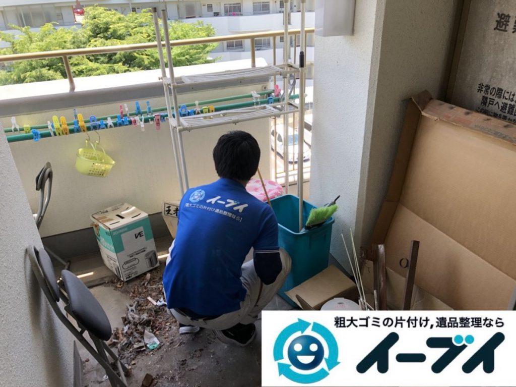 2019年3月21日大阪府大阪市東淀川区でベランダの片付け作業。写真5