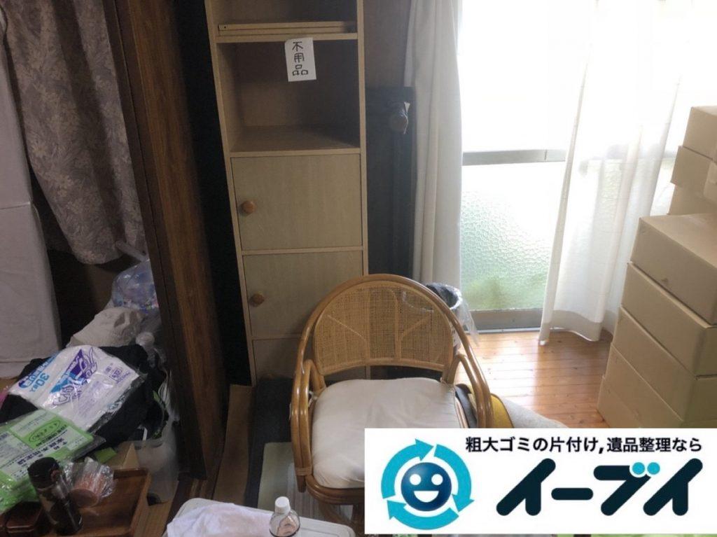 2019年5月6日大阪府大阪市淀川区で椅子や収納棚の家具の粗大ゴミ処分。写真3