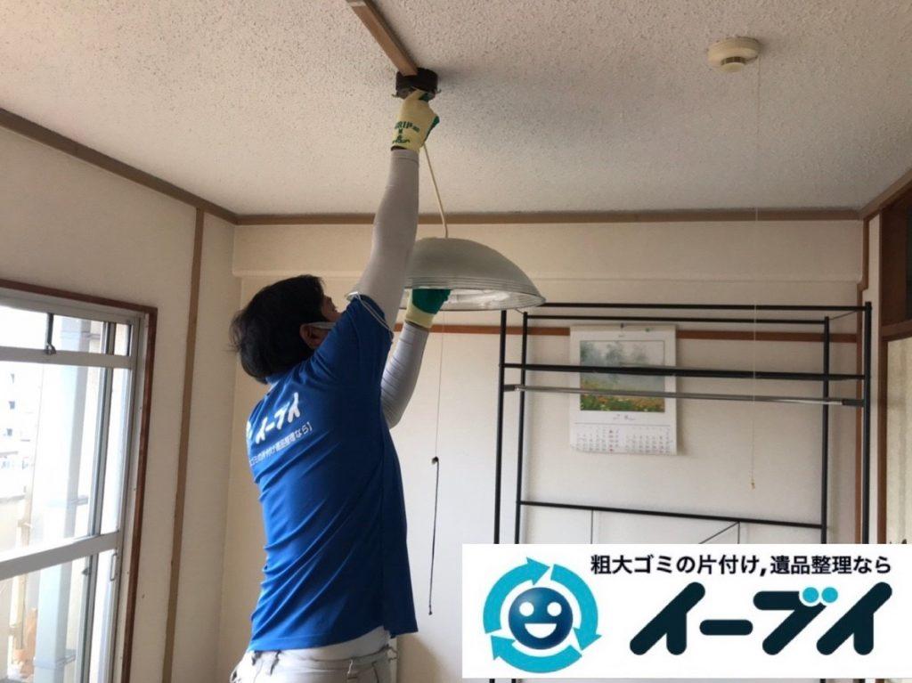 2019年5月28日大阪府高槻市でテレビやハンガーラックの不用品回収作業。写真5