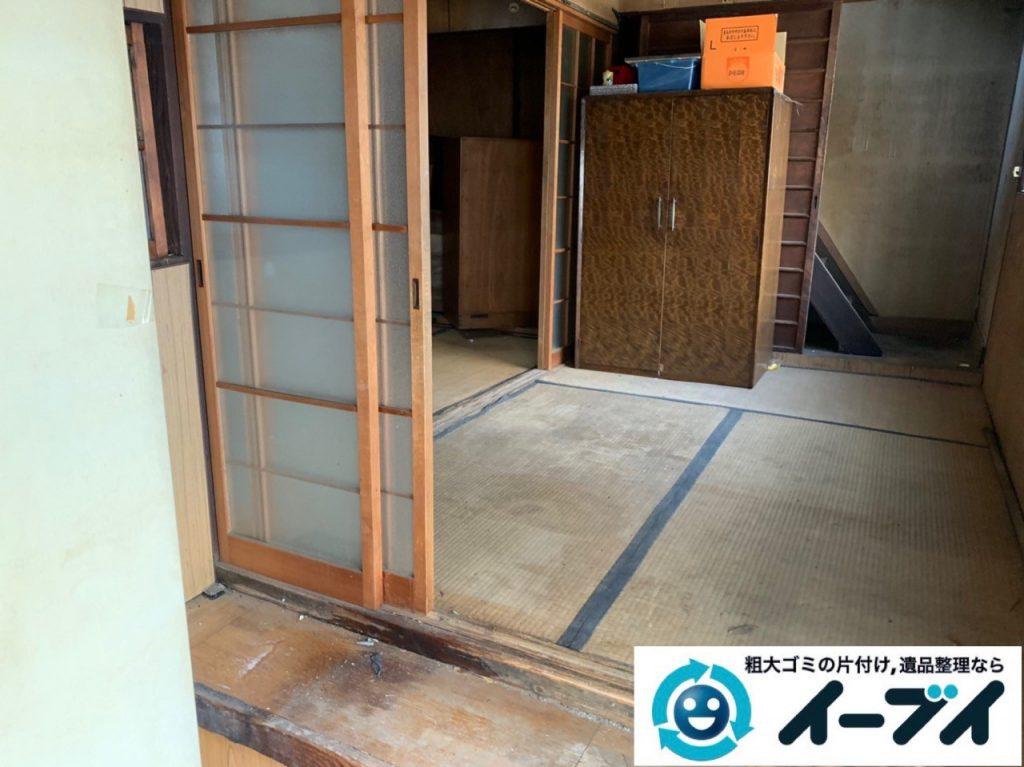 2019年5月12日大阪府能勢町で不用品が溜まった玄関の片付け作業。 写真4