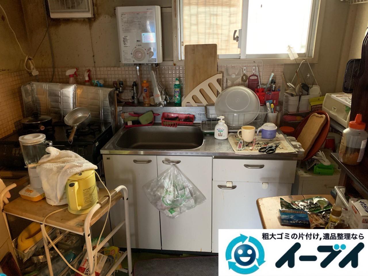 2019年5月18日大阪府大阪市住吉区で食器棚の大型家具、お部屋に散乱した生活用品などの不用品回収。写真3