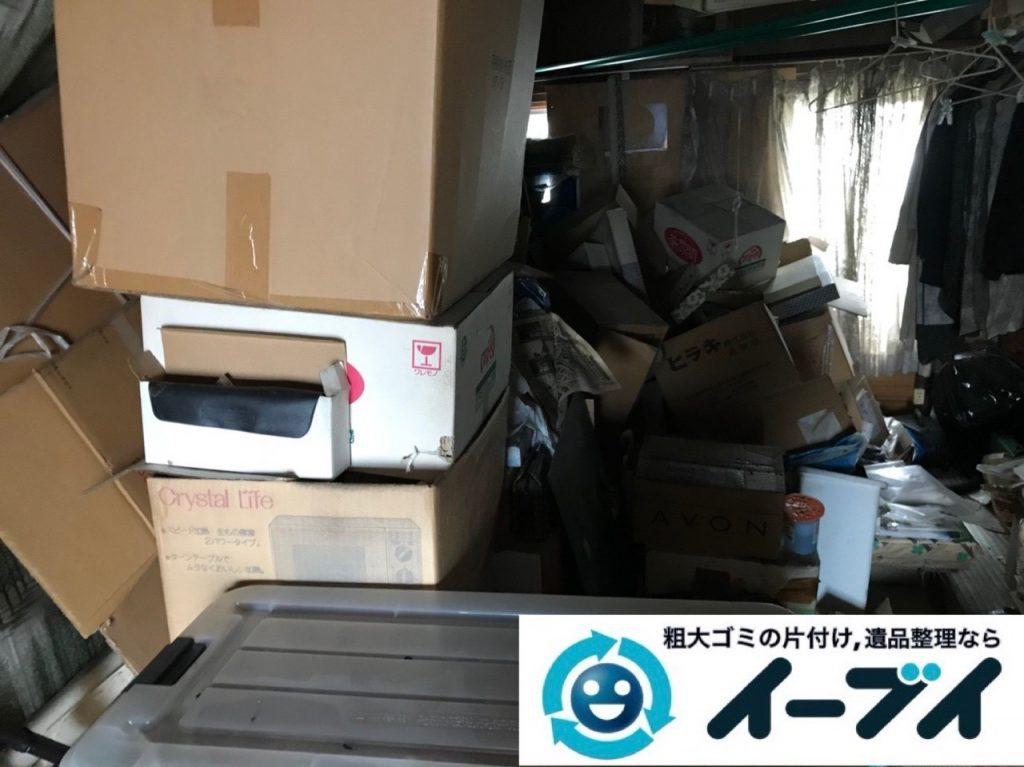 2019年6月12日大阪府大阪市東淀川区でゴミ屋敷の片付け作業。写真1