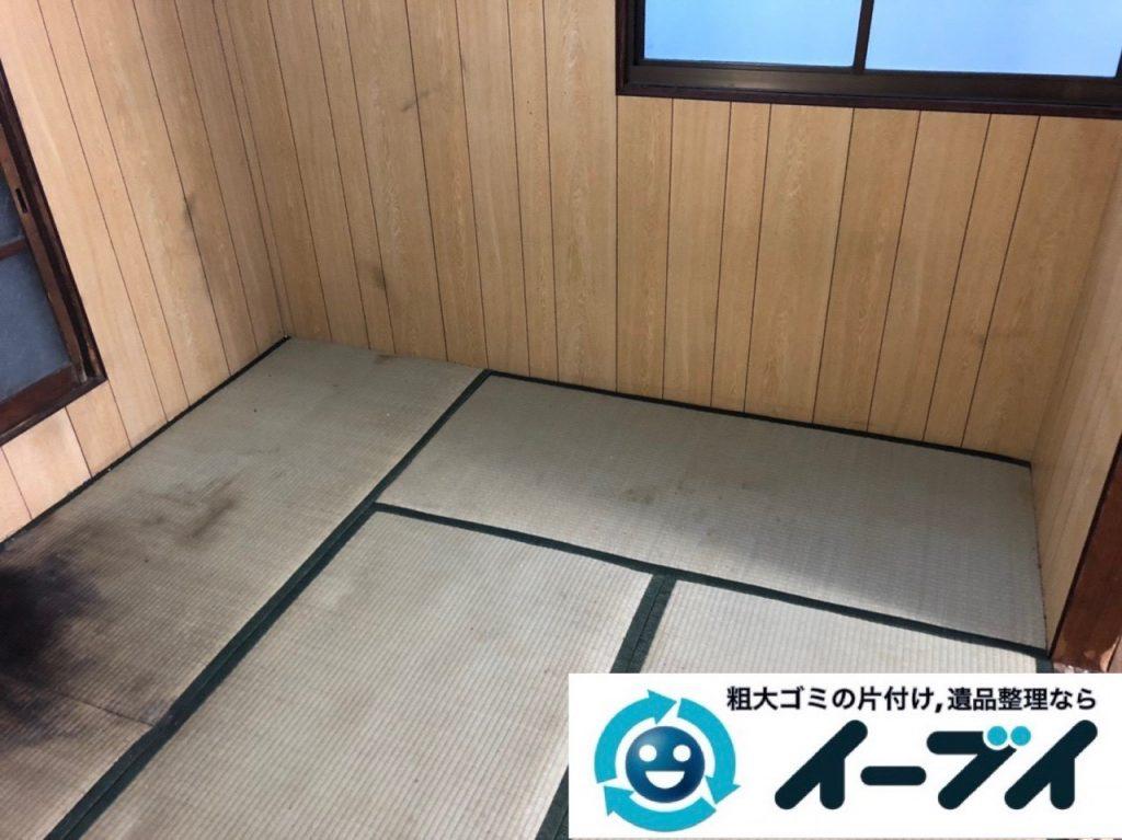 2019年6月4日大阪府岸和田市でベッドの大型家具、衣類やバッグの生活用品などの不用品回収。写真1