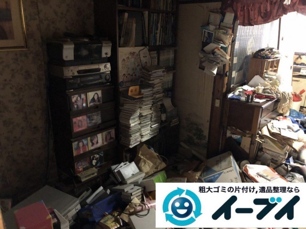 2019年5月31日大阪府大阪市此花区でマンション一室のゴミ屋敷化した汚部屋の片付け作業。写真1