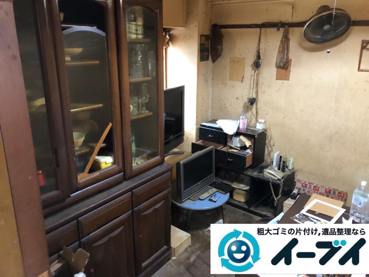 2019年6月28日大阪府吹田市で食器棚の大型家具やテレビの家電処分の不用品回収。写真2