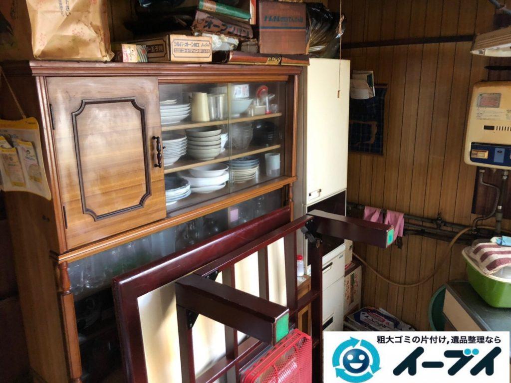 2019年7月17日大阪府堺市南区で食器棚の大型家具、冷蔵庫の大型家電の不用品回収。写真1