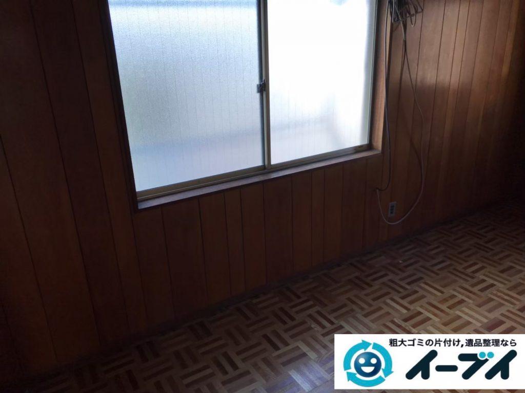 2019年9月3日大阪府大阪市淀川区物が散乱しゴミ屋敷化した汚部屋の片付け作業。写真2
