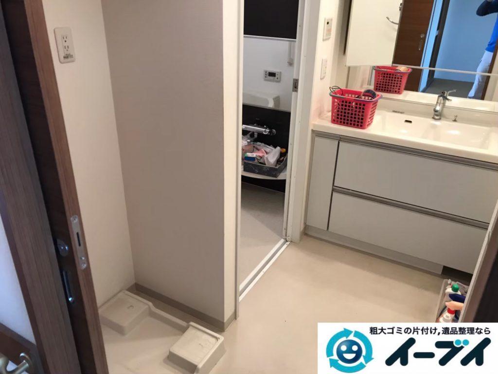 2019年9月13日大阪府大阪市西区で食器棚や冷蔵庫の大型家具や大型家電の粗大ゴミ処分。写真2